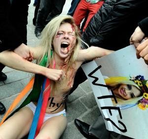Une Femen en pleine action