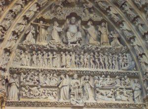 Le tympan de la cathédrale d'Amiens, chef-d'œuvre de l'art gothique