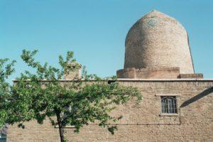 La synagogue d'Abadan, où sont censés être inhumés Esther et Mardochée