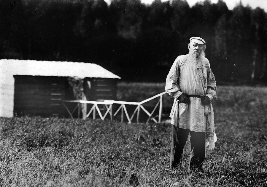 Tolstoi essays anarchism
